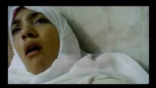 سكس المحجبة المصرية الاشهر تتناك في كسها في المستشفي فيديو عربي